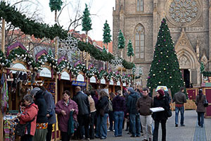 christmas market on peace square nmst mru